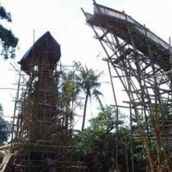 Cremations tower (in construction), Bali