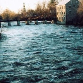 Spring flood in Manotick April 2005